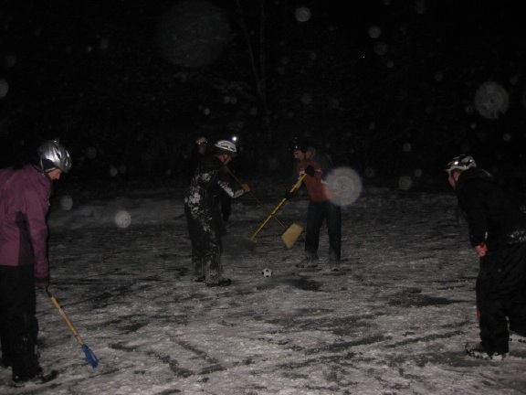 broomball1_1_12.jpg
